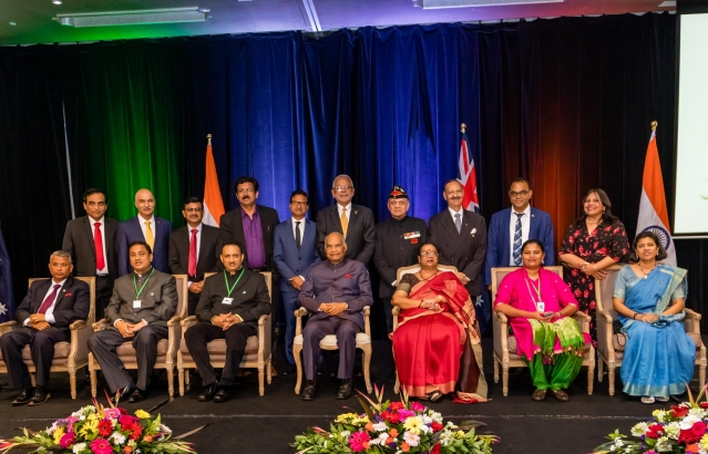 Hon. President with Indian Community leaders, during Indian Community Reception on 21-11-18